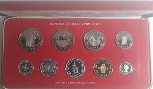 obverse: Monete Estere. Malta. Serie di 9 monete/medaglie 1976. Confezione ufficiale della zecca. FDC.