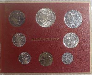 obverse: Vaticano. Paolo VI. 1963-1978. Serie divisionale 1975 Anno IVB. Gig. 289. Serie in Confezione originale della zecca. FDC.