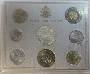 obverse: Vaticano. Giovanni Paolo II. 1978-2005. Serie divisionale 2000. Anno XXII. Confezione originale della zecca. Gig. 369. FDC