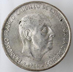 obverse: Monete Estere. Spagna. Francisco Franco. 1939-1975. 100 Pesetas 1966. Ag 800. Km 797. Peso gr. 18,88.BB+.Colpetto al bordo. Patina.
