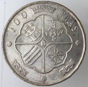 reverse: Monete Estere. Spagna. Francisco Franco. 1939-1975. 100 Pesetas 1966. Ag 800. Km 797. Peso gr. 18,88.BB+.Colpetto al bordo. Patina.