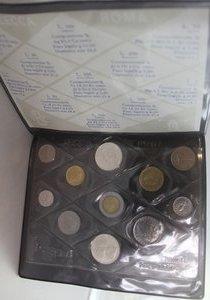 obverse: Repubblica Italiana.Serie Divisionale 1988. 11 valori con 500 lire e 500 Lire S. Giovanni Bosco.  Gig. 15.FDC. In confezionedella zecca.
