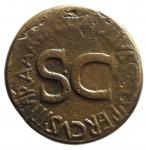 D/ Impero Romano.Augusto (27 a.C. - 14 d.C.).Sesterzio. Roma, 16 a.C. AE D\OB / CIVIS / SERVATOS, tra una corona di foglie di quercia circondata da due rami di alloro, R\. C GALLIVS C F LVPERCVS IIIVIR A A A F F, intorno ad S C. RIC 377; C 434. Peso 24,80 gr.Diametro 35,00 mm .Patina verde.BB.°°°