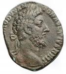 D/ Impero Romano - Commodo (180-192) Sesterzio Ae. d/Testa laureata a ds. r/ L'imperatore stante a sn. RIC 454a. g 20,54. Tondello lenticolare.BB. Bel ritratto
