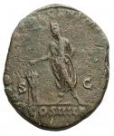 R/ Impero Romano - Commodo (180-192) Sesterzio Ae. d/Testa laureata a ds. r/ L'imperatore stante a sn. RIC 454a. g 20,54. Tondello lenticolare.BB. Bel ritratto