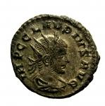D/ Impero ROMANO Claudio II il Gotico. 268-270 d.C.: Antoniniano. D/ IMP C CLAVDIUS AVG Testa di Claudio verso destra con corona radiata. D\ IVNO REGINA. Peso 4,2 gr. Diametro 20,3 mm. BB+