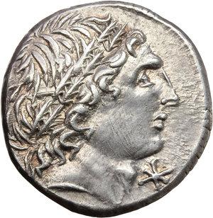 L. Memmius.. AR Denarius, 109-108 BC