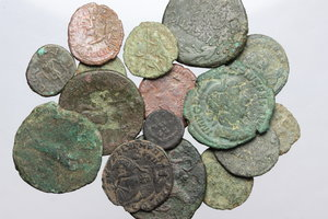 D/ Roman Empire. Multiple lot of sixteen (16) unclassified AE Roman coins, mostly imperial.     AE.      Fair:F.