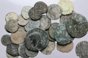 D/ Roman Empire. Multiple lot of thirty-two (32) unclassified AE coins, mostly fractionals.     AE.      Fair:F.