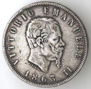 D/ Casa Savoia. Vittorio Emanuele II. 1861-1878. 2 lire 1863 Valore Torino. Ag. Gig. 59. BB. Patina. R.