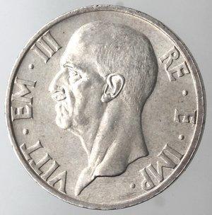 D/ Casa Savoia. Vittorio Emanuele III. 1900-1943. 5 Lire 1937 XV Fecondità. Ag  Gig 83. SPL. Colpetto al bordo. R.