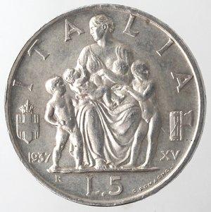 R/ Casa Savoia. Vittorio Emanuele III. 1900-1943. 5 Lire 1937 XV Fecondità. Ag  Gig 83. SPL. Colpetto al bordo. R.