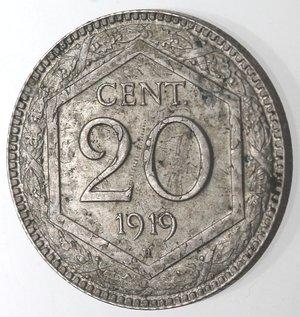 R/ Casa Savoia. Vittorio Emanuele III. 1900-1943. 20 centesimi 1919 Esagono Contorno liscio. Ni. Gig. 215. qFDC. Moneta evidentemente ribattuta su un'altra moneta.