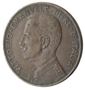 D/ Casa Savoia. Vittorio Emanuele III. 1900-1943.5 centesimi 1915 Italia su prora. Ae. Gig. 261.BB.NC.