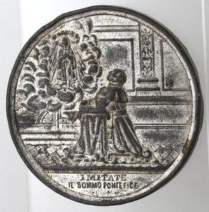 R/ Medaglie. Roma. Leone XIII. 1878-1903. Medaglia Straordinaria 1887. 50 anno di sacerdozio. Metallo argentato. Diametro 40 mm. MB. Colpetti.