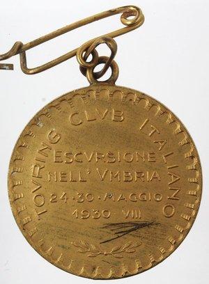 R/ Medaglie. Touring Club Italiano. Medaglia 1930 VIII. Ae dorato. D/ ESCURSIONE NELL'VMBRIA 24-30 MAGGIO 1930 VIII. R/ VMBRIA Oggetti. Diametro mm. 28. SPL+.