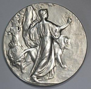 R/ Medaglie. Belgio. Leopoldo II. Medaglia 1905. Ag. Per il 75° Anniversario dell'indipendenza del Belgio. Diametro mm. 69. Peso gr. 118. qFDC.