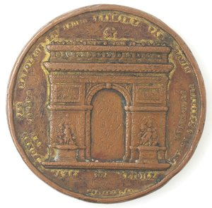 R/ Medaglie. Francia. Luigi Filippo. 1830-1848. Medaglia per il completamento dell'Arco di Trionfo. Ae. Diametro mm. 52.00. MB. Tracce di doratura. Colpi al bordo.
