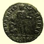 R/ Impero Romano. Valentiniano II 375-392 d.C. Maiorina : D\ DN VALENTINIANVS IVN PF AVG Busto diademato verso destra R\ REPARATIO REIPVB in esergo *BSISC. RIC IX 26b.6. Peso 5,4 gr Diametro 22,6 mm BB