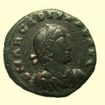 D/ Impero Romano Arcadio 383-408 d.C. : D\ D N ARCADIVS P F AVG Busto verso destra R\ GLORIA ROMANORVM. Imperatore con labarum e globo, in esergo ALE A Peso 4,8 gr Diametro 21,4 mm Conservazione BB
