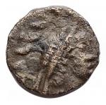D/ Impero Romano - Valentiniano III. 425-455. Ae. Zecca incerta. d/ Busto a ds r/ Vittoria a sn. gr 0,83. mm 9,8. BB. Raro
