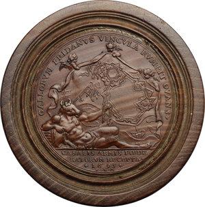 Leopoldo I (1640-1705), imperatore del Sacro Romano Impero.. Pedina in legno di bosso tratta da medaglia