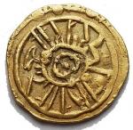 R/ Zecche Italiane - Messina o Palermo. Ruggero II (1105-1154) Tarì AU. Dopo il 1140. g 0,79. mm 12,1. d/ Globetto al centro di cerchio r/ IC XC NI KA croce. Spahr 69. qSPL