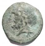 D/ Mondo Greco - Apulia. Arpi. 217-213 a.C.Obolo. Ae. d/ Testa di Zeus verso sinistra. r/ Cavallo al galoppo verso sinistra, sopra una stella, sotto monogramma. Peso 4,01 gr. Diametro 16,7 mm. BB++. Bella patina