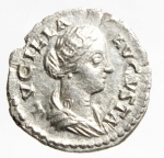 D/ Impero Romano. Lucilla, moglie di Lucio Vero, deceduta nel 183 d.C. Denario. Ag. D/ LVCILLA AVGVSTA. Busto drappeggiato a destra. R/ PVDICIDITIA. Pudicitia seduta a sinistra, tiene una mano sul petto. RIC, M. Aurelius, 781. C. 62. BMC 349. Peso gr. 3.00. Diametro mm. 19.00. BB+.