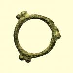 obverse: Monete Celtiche. I Celti. II-I sec. a.C. Moneta ad anello con tre coppie di globetti.: AE. Peso 2 gr. Diametro 24 mm. BB.