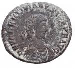 D/ Impero Romano -Valentiniano II (375-392).AE 23,9 mm. Siscia.D/ DN VALENTINIANVS IVN PF AVG. Busto diademato, drappeggiato e corazzato a destra.R/ REPARATIO REIPVB. L'imperatore, stante a sinistra, tiene Vittoria su globo e porge la mano a personaggio femminile turrito inginocchiato.g 4,45. MB-qBB/MB+