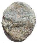 R/ Mondo Greco - Sicilia. Halykiai. Ae. ca 390-370 ac. d/ toro a ds r/ cinghiale a ds. gr 4,1.CNS 44-5 (Himera?); HGC 2, 493 (Himeraia?). qBB. Intonsa con patina verde. Molto rara