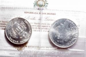 obverse: Zecche Italiane.San Marino. Dittico 1993 a Corso legale in argento. Mondo animale in pericolo. In confezione originale. FDC.