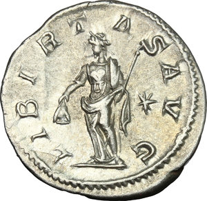 R/ Elagabalus (218-222). AR Denarius, 218-222.  D/ Bust right, laureate, draped. R/ Libertas standing left, holding pileus and scepter; to left, star. RIC 107b. AR. g. 2.60  mm. 19.00   From masterly engraved dies. About EF.