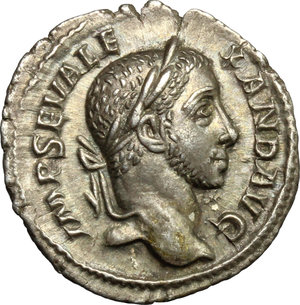 D/ Severus Alexander (222-235). AR Denarius, 230 AD.  D/ Head right, laureate. R/ Emperor standing right in military attire, holding spear and globe. RIC 105. AR. g. 3.07  mm. 19.00   Fine toning. About EF.