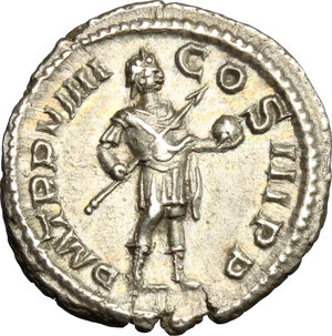 R/ Severus Alexander (222-235). AR Denarius, 230 AD.  D/ Head right, laureate. R/ Emperor standing right in military attire, holding spear and globe. RIC 105. AR. g. 3.07  mm. 19.00   Fine toning. About EF.