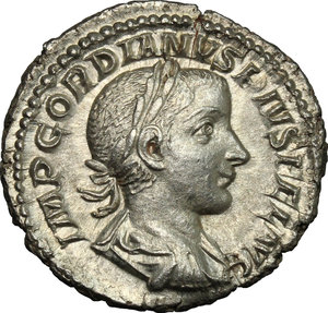 D/ Gordian III (238-244). AR Denarius, 240 AD.  D/ Bust right, laureate, draped, cuirassed. R/ Emperor riding left, raising right hand and holding spear in left. RIC 81. AR. g. 3.14  mm. 20.00   From masterly engraved dies. About EF.