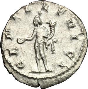 R/ Trajan Decius (249-251). AR Antoninianus, Mediolanum mint, 250-251.  D/ Bust right, radiate, draped, cuirassed. R/ Genius standing left, wearing modius on head and short cloak, holding patera and cornucopiae. RIC 38. AR. g. 3.59  mm. 21.00    About EF/Good VF.