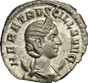 D/ Herennia Etruscilla, wife of Trajan Decius (249-251). AR Antoninianus, 249-251.  D/ Bust right, diademed, draped, on crescent. R/ Pudicitia seated left, drawing veil and holding scepter. RIC (Trajan Decius) 60. AR. g. 4.04  mm. 22.00    About EF.