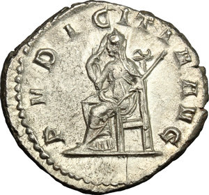 R/ Herennia Etruscilla, wife of Trajan Decius (249-251). AR Antoninianus, 249-251.  D/ Bust right, diademed, draped, on crescent. R/ Pudicitia seated left, drawing veil and holding scepter. RIC (Trajan Decius) 60. AR. g. 4.04  mm. 22.00    About EF.