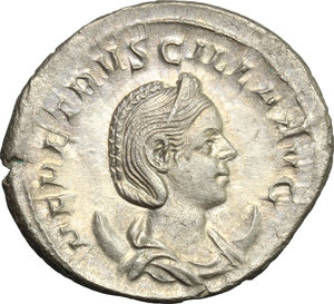 D/ Herennia Etruscilla, wife of Trajan Decius (249-251). AR Antoninianus, 249-251.  D/ Bust right, diademed, draped, on crescent. R/ Pudicitia seated left, drawing veil and holding scepter. RIC (Trajan Decius) 60. AR. g. 3.87  mm. 24.00    About VF.