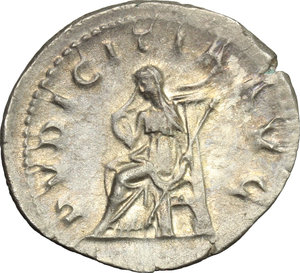 R/ Herennia Etruscilla, wife of Trajan Decius (249-251). AR Antoninianus, 249-251.  D/ Bust right, diademed, draped, on crescent. R/ Pudicitia seated left, drawing veil and holding scepter. RIC (Trajan Decius) 60. AR. g. 3.87  mm. 24.00    About VF.