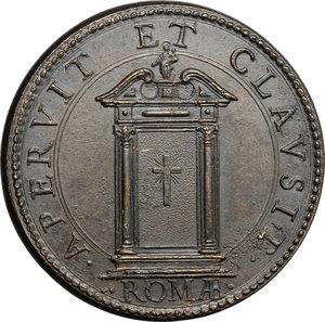 reverse: Innocenzo X (1644-1655), Giovanni Battista Pamphili di Roma. Medaglia A. VII, per l apertura e chiusura della Porta Santa