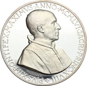obverse: Pio XII (1939-1959), Eugenio Pacelli di Roma. . Medaglia 1956, omaggio del Mondo al pontificato di Pio XII