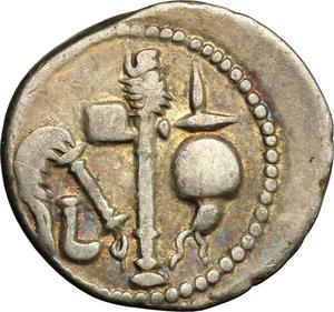 reverse: Julius Caesar.. AR Denarius, mint moving with Caesar, 49-48 BC