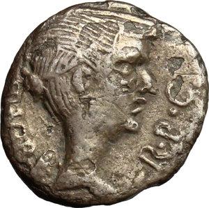 obverse: Fulvia, first wife of M. Antony (died 40 BC).. AR Quinarius, 43 BC
