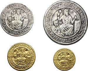obverse: San Marino. Emissione ufficiale della zecca 1972. L astuccio contiene quattro medaglie (due in oro e due in argento) raffiguranti la veduta dei tre castelli al diritto e, al rovescio, Santo Marino, protettore della città