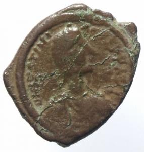 obverse: Bizantini. Giustiniano. 527-565 d.C. 16 Nummi. Æ. Tessalonica. D\ Busto verso destra. R/ Grande AISP, sotto TES. S.179. Peso 6,60 gr. Diametro 23,00 mm. qBB.