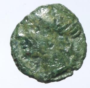 obverse: Mondo Greco. Campania. Neapolis. 325-241 a.C. Quarto di Obolo. Ae. D/ Testa della Ninfa verso sinistra. R/ Toro androcefalo verso destra. Peso 1,65 gr. Diametro 13,00 mm. BB. Patina verde.