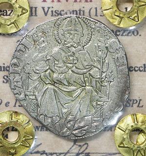 D/ PAVIA. Galeazzo II Visconti (1359-1378). Grosso da un soldo e mezzo. 2.43 gr. – 23.8 mm. D:\ Cimiero con drago tra tizzoni e secchie. R:\ San Siro in trono con pastorale CNI 6/9 e 13/14; MIR 845/1. Raro. SPL